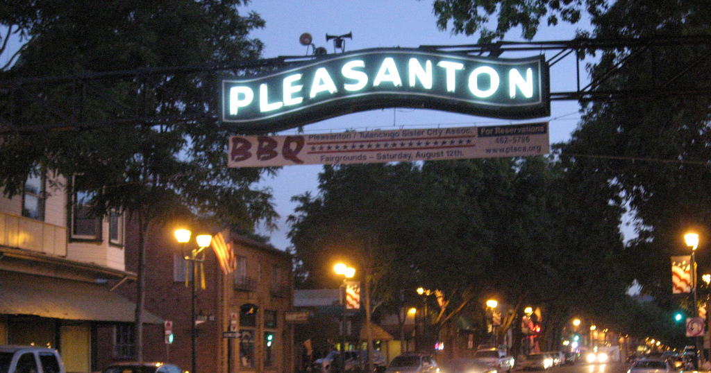 Top restaurants in downtown pleasanton mercedes benz of for Mercedes benz of pleasanton